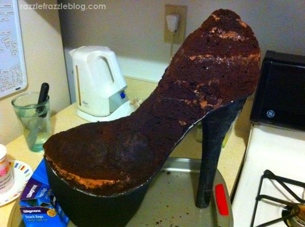 DIY Shoe Cake - Razzle Frazzle (3)