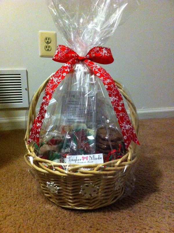 Taylor-Made-Holiday-Basket