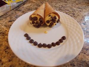 Pumpkin cannoli cones - Razzle Frazzle