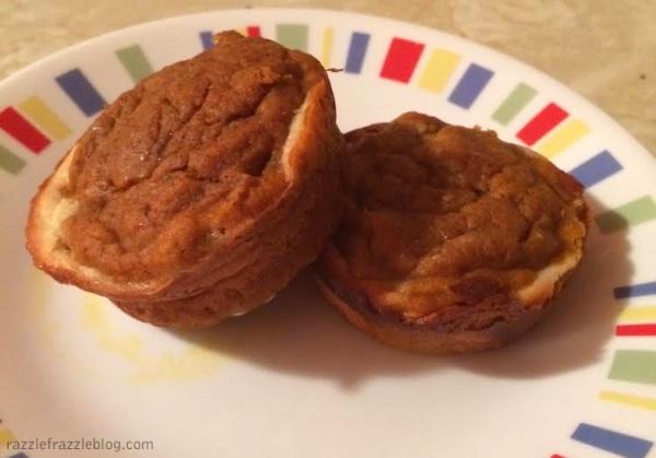 Pumpkin Cream Cheese Muffins - RazzleFrazzleBlog.com