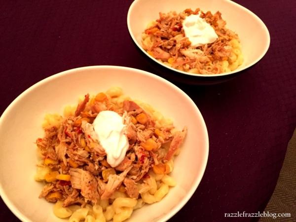 Chicken fajita mac & cheese (RazzleFrazzleBlog.com)