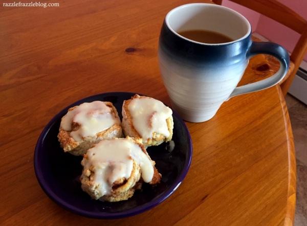 Pancake Mix Cinnamon Rolls (RazzleFrazzleBlog.com)
